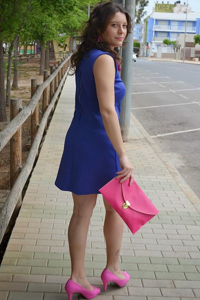 Vestido azul electrico con fucsia