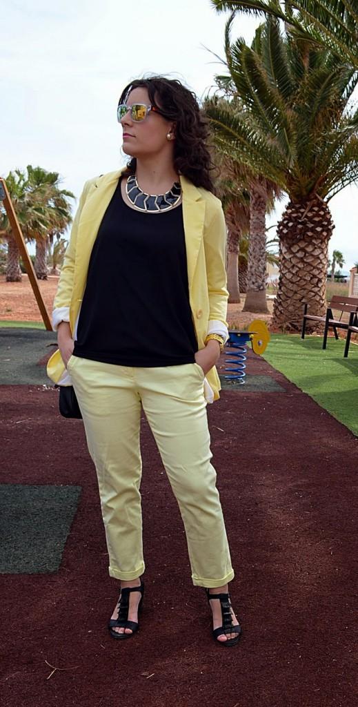 castellón, yellow, black, amarillo, negro, fashion blogger, blog de moda, look, outfit