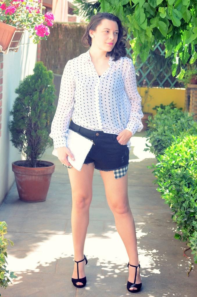 Mi Vestido Azul - Sequin Clutch (2)