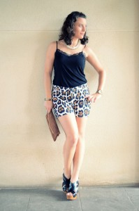 Mi vestido azul- Animal print shorts (4)