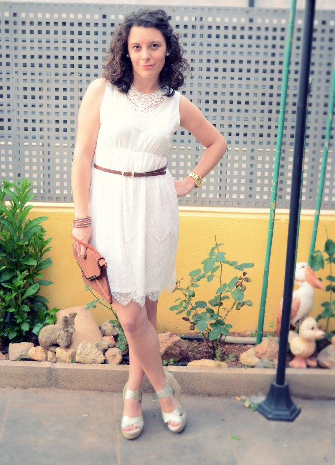 Mi vestido azul- White crochet dress (4)