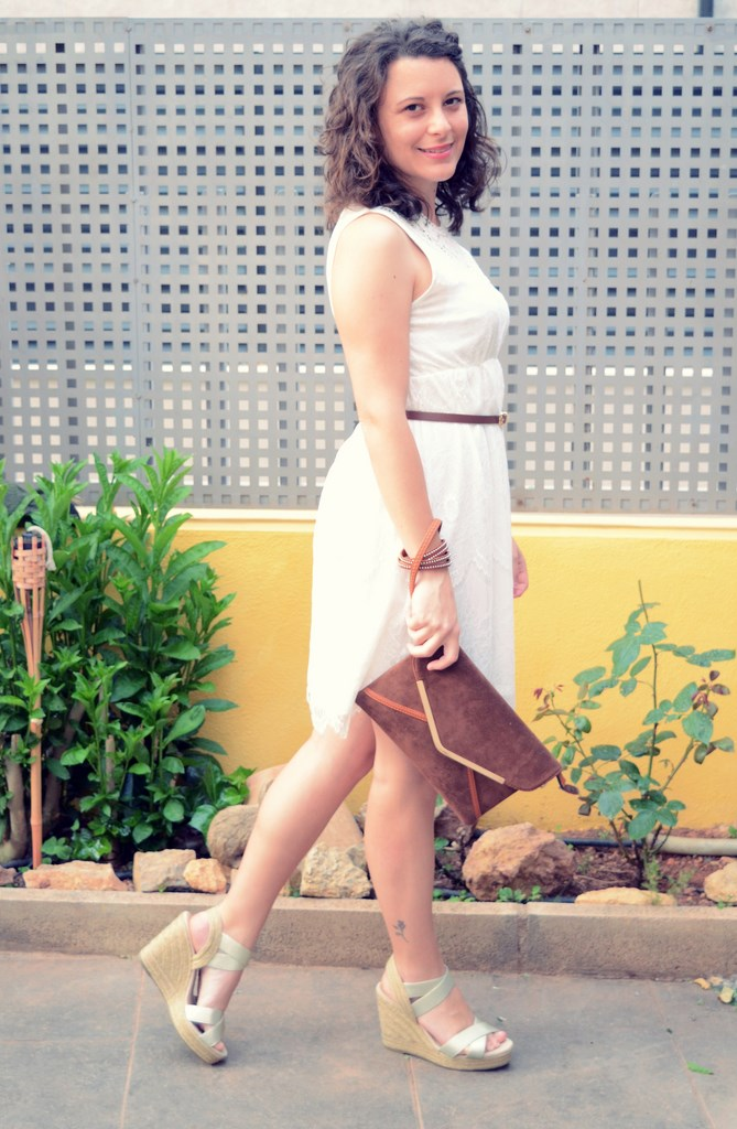 Mi vestido azul- White crochet dress (6)
