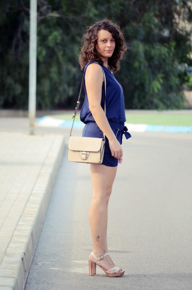 Mi vestido azul - Blue jumpsuit & Nude (3)