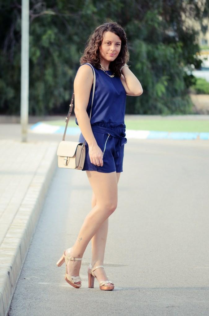Mi vestido azul - Blue jumpsuit & Nude (5)