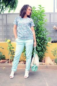 Mi vestido azul - Capri pants (16)