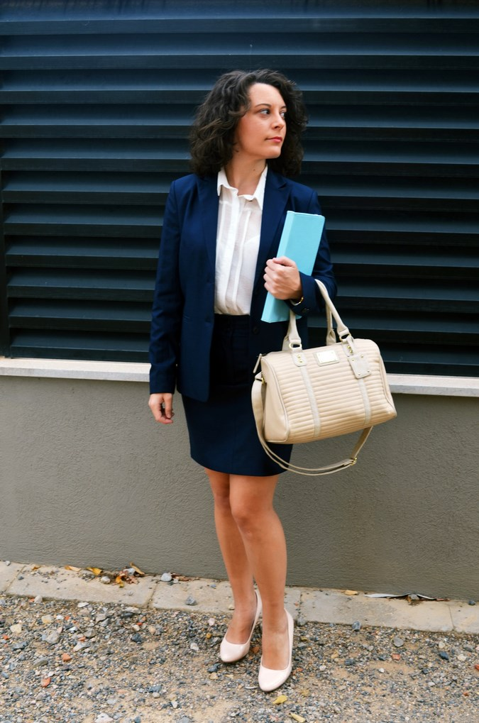 Authentic working girl (2)