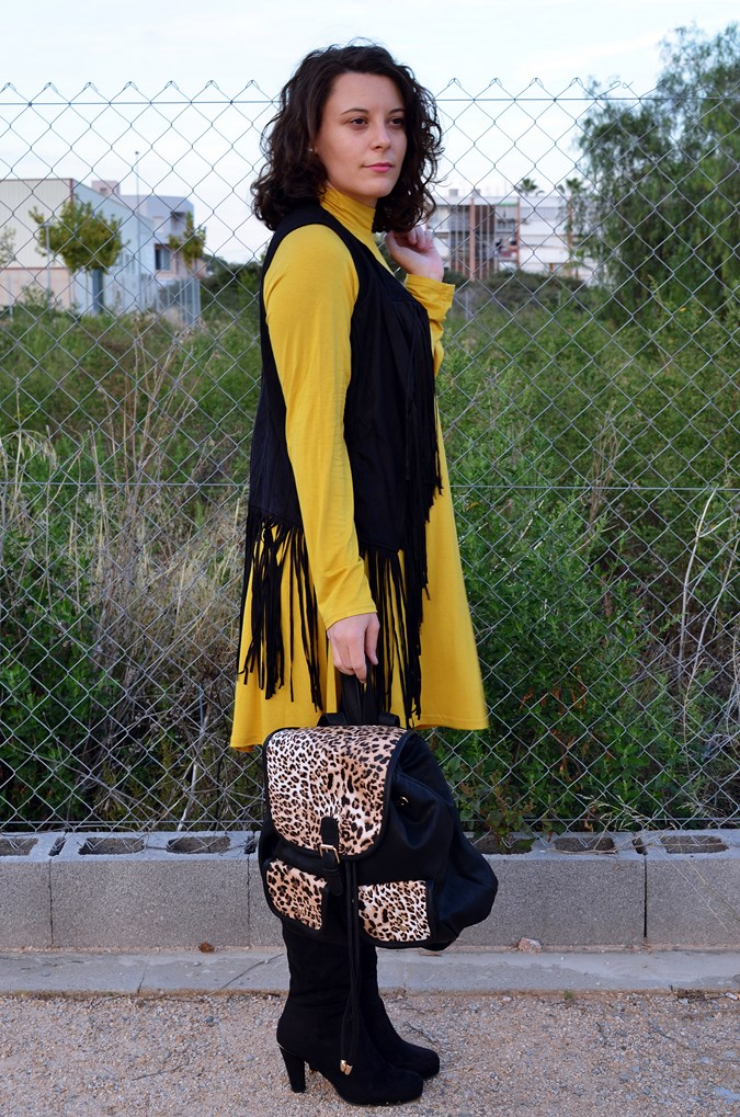 Mustard & Fringed vest (4)