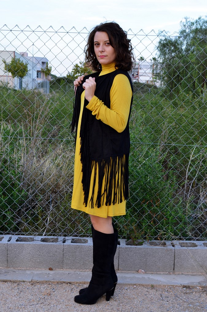 Mustard & Fringed vest (7)