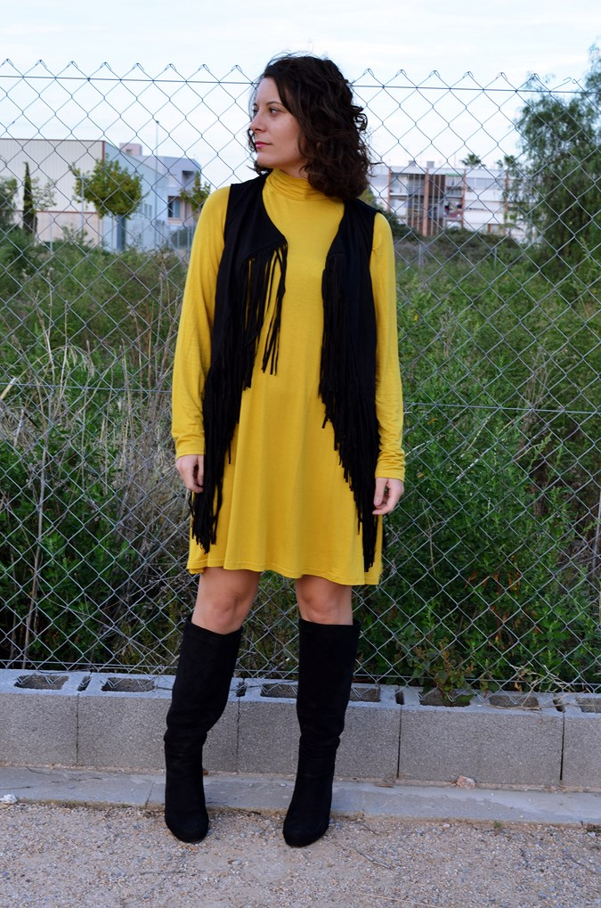 Mustard & Fringed vest (9)
