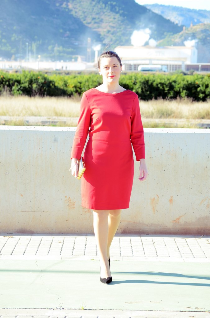 Lady in red & Magrid Bloggers Made In Spain 2016 _ Look_ Zapatos Magrit_mivestidoazul (10)