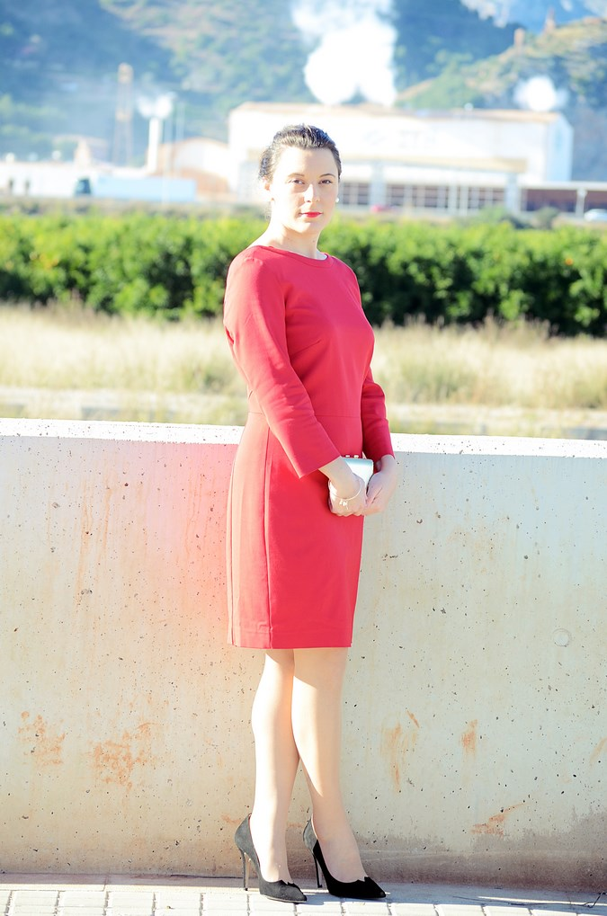 Lady in red & Magrid Bloggers Made In Spain 2016 _ Look_ Zapatos Magrit_mivestidoazul (3)