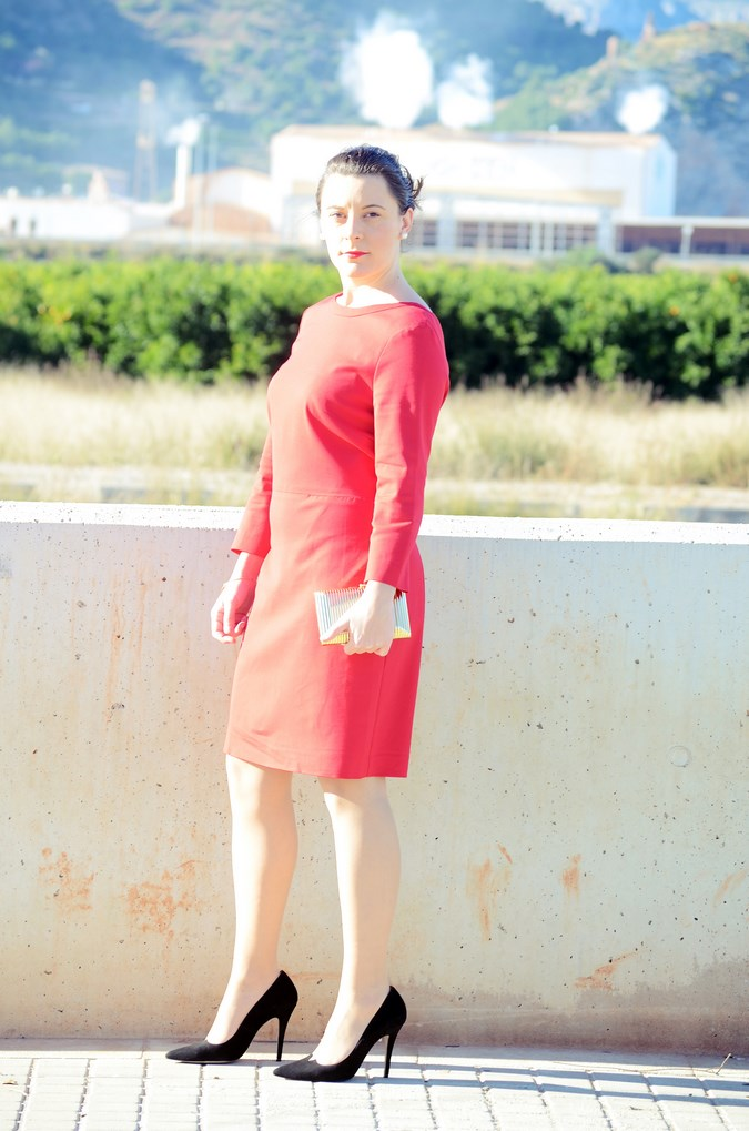 Lady in red & Magrid Bloggers Made In Spain 2016 _ Look_ Zapatos Magrit_mivestidoazul (4)