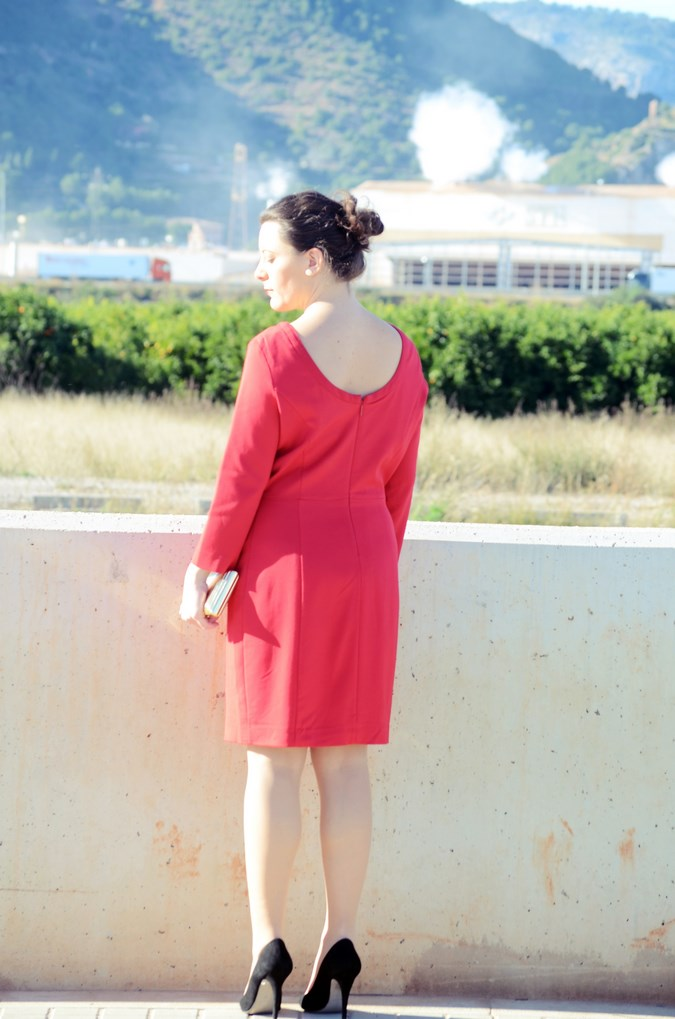 Lady in red & Magrid Bloggers Made In Spain 2016 _ Look_ Zapatos Magrit_mivestidoazul (5)
