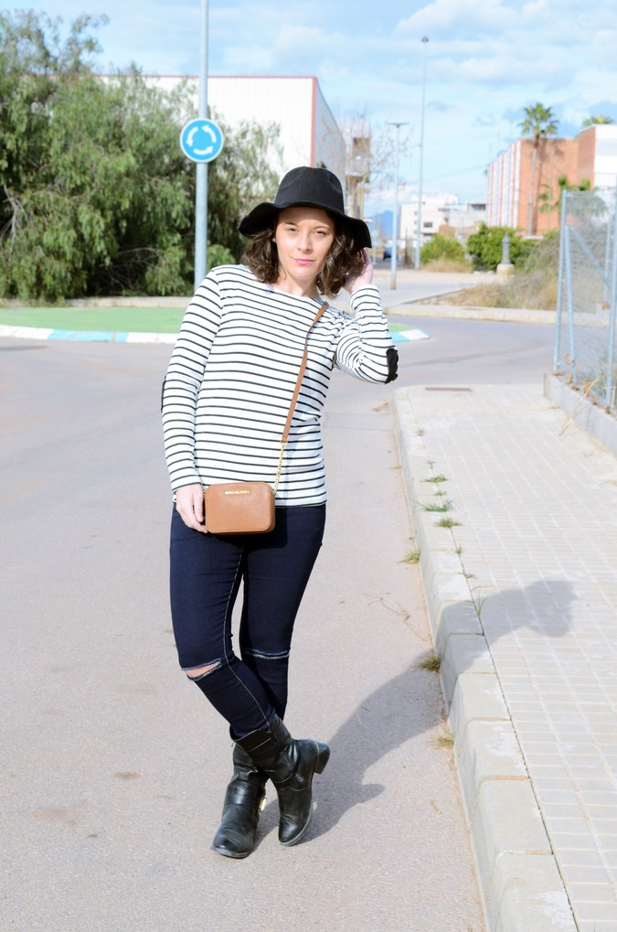 Leather and stripes_look_mivestsidoazul (10)