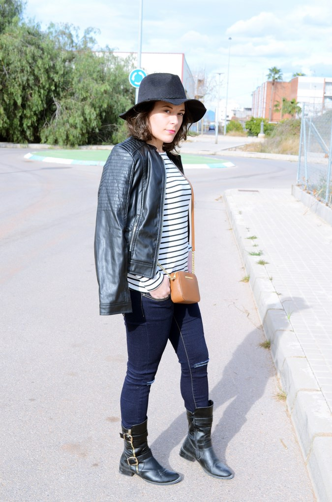 Leather and stripes_look_mivestsidoazul (13)