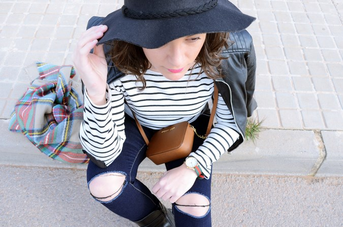 Leather and stripes_look_mivestsidoazul (17)