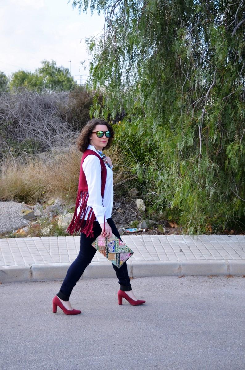 Chaleco burdeos con flecos_outfit_mivestidoazul (7)
