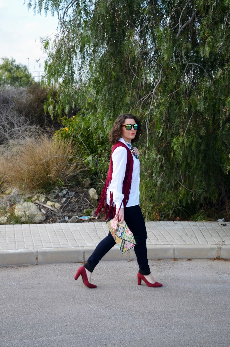 Chaleco burdeos con flecos_outfit_mivestidoazul (8)
