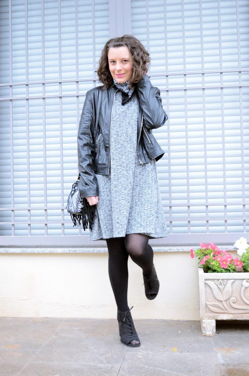 Como combinar un vestido gris_outfit_mivestidoazul (8)