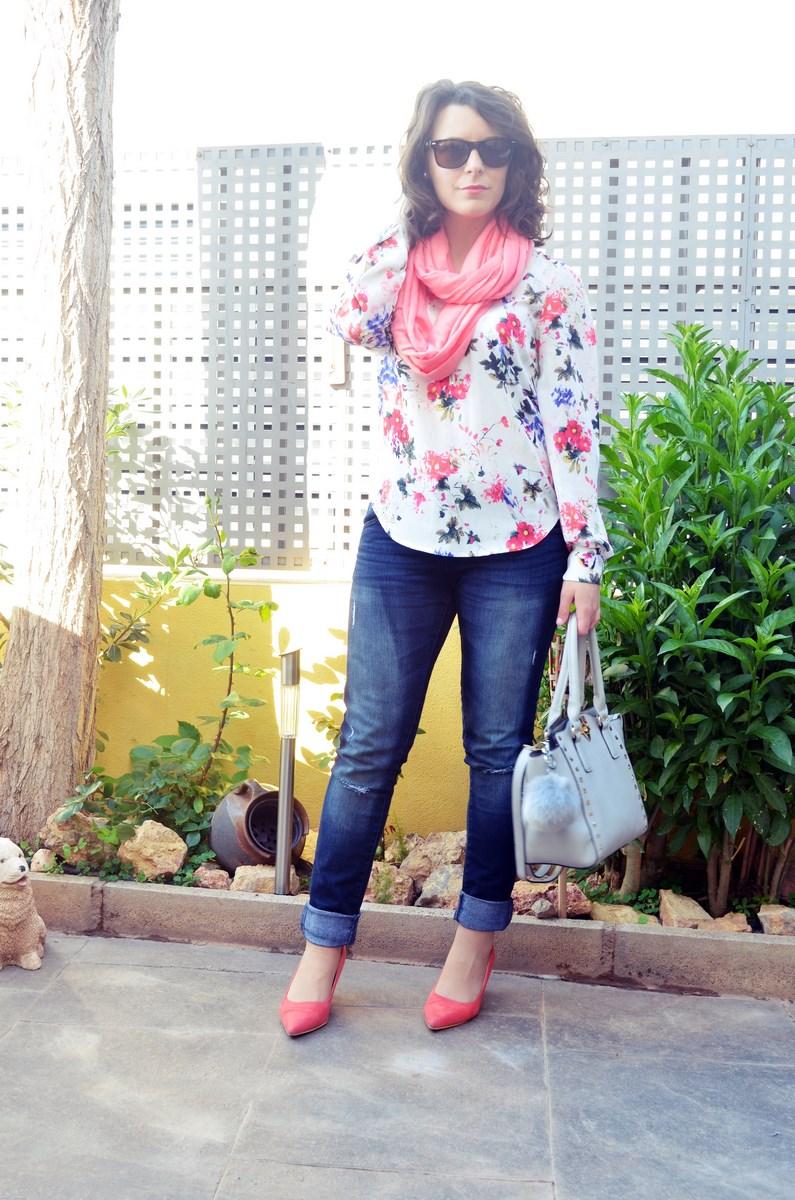 Bolso gris con tachuelas_outfit_mivestidoazul (3)