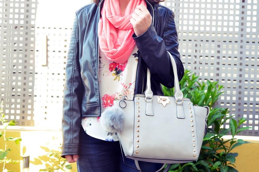 Bolso gris con tachuelas_outfit_mivestidoazul (9)