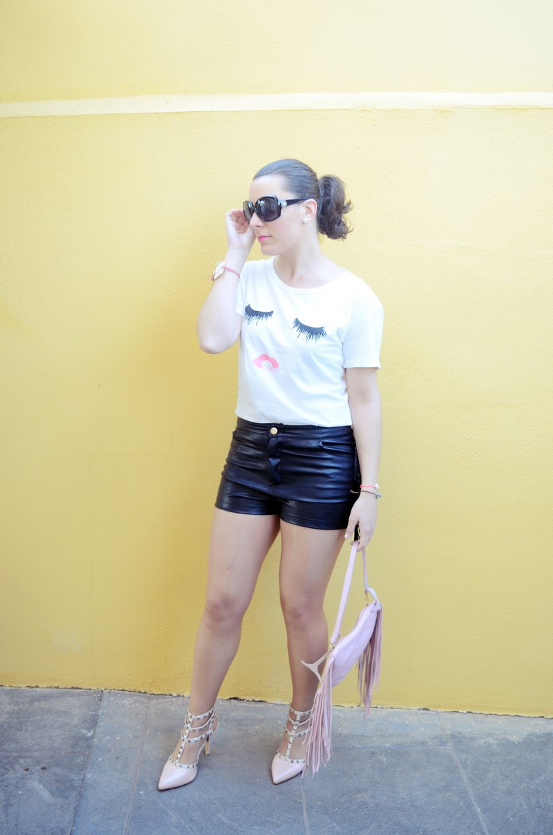 Camiseta de pestañas y labios_Outfits_mivestidoazul (4)