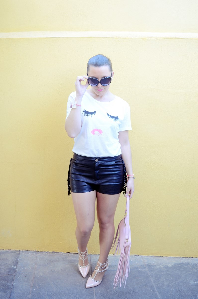 Camiseta de pestañas y labios_Outfits_mivestidoazul (6)