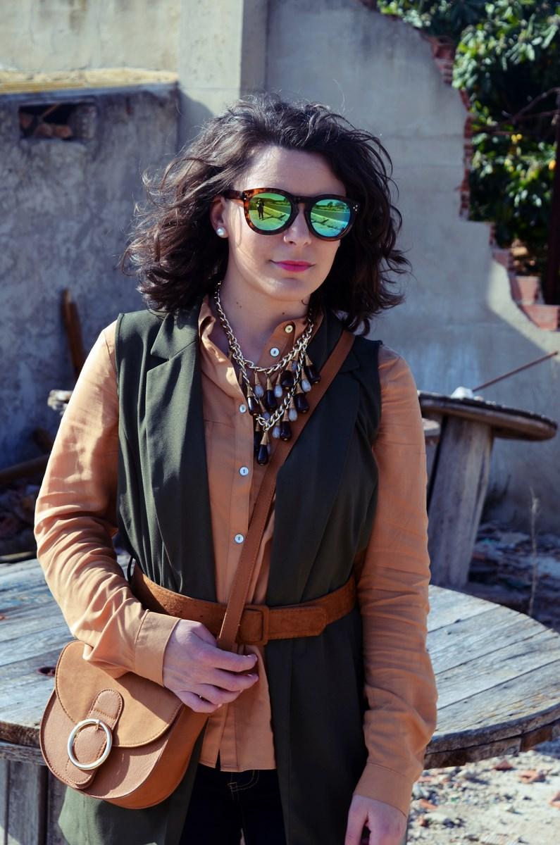 Como llevar un chaleco caqui_Outfits_mivestidoazul (12)
