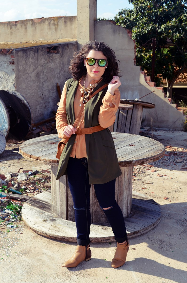 Como llevar un chaleco caqui_Outfits_mivestidoazul (8)