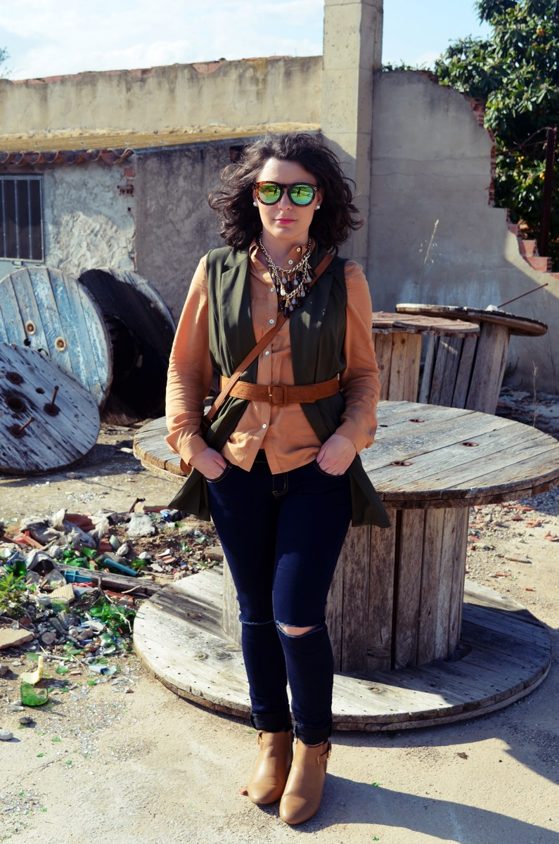 Como llevar un chaleco caqui_Outfits_mivestidoazul (9)