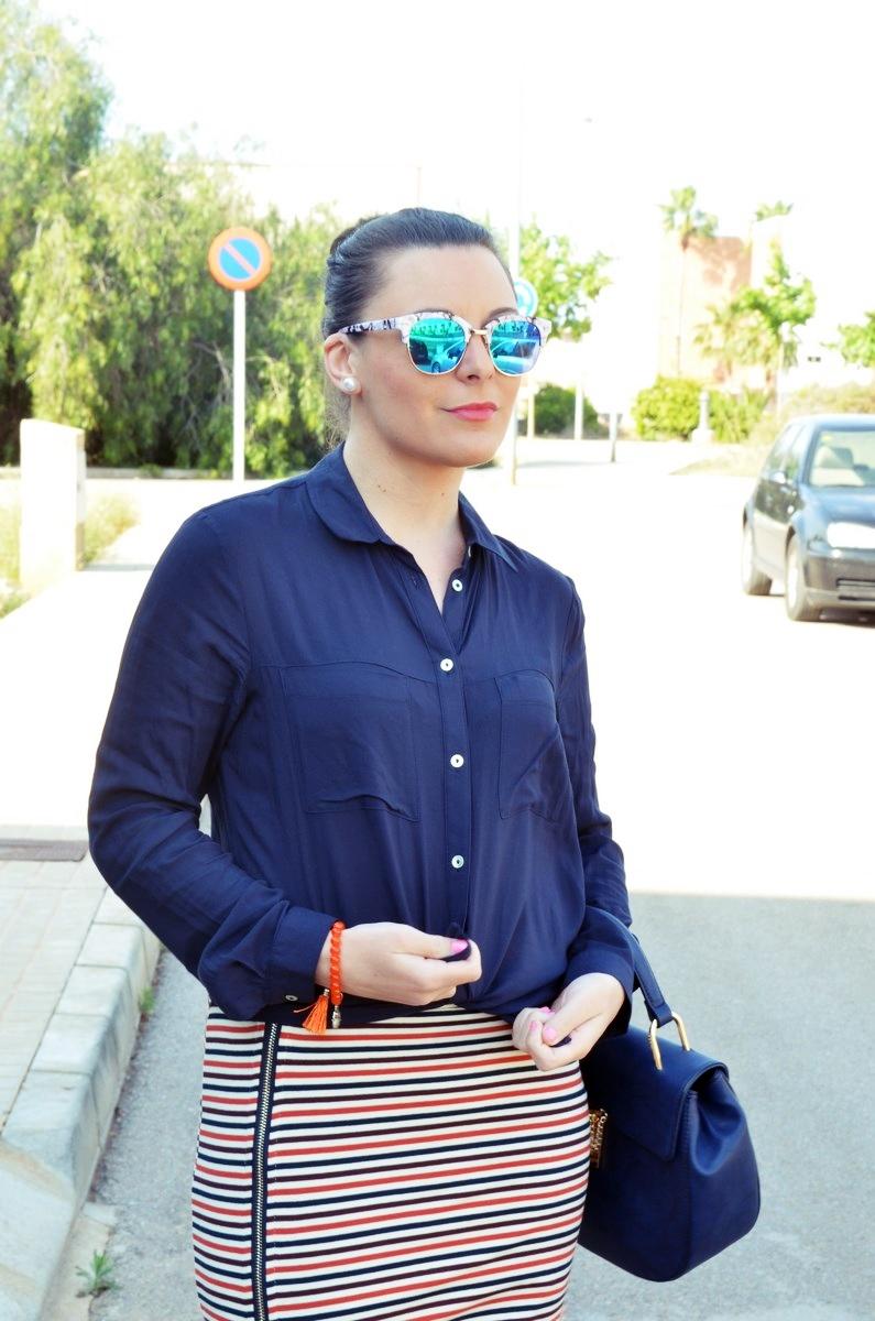 Maxifalda_rayas_y_azul_marino_Outfits_mivestidoazul (4)