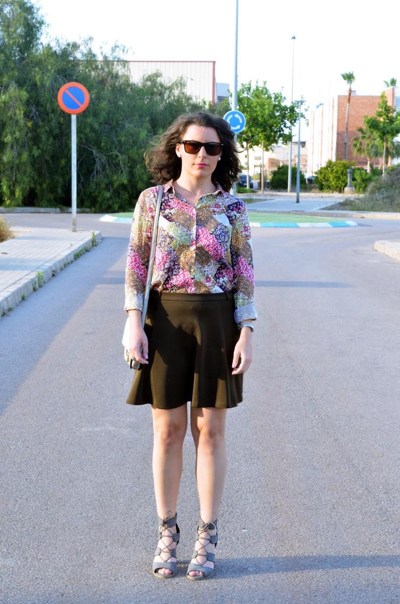Verde caqui y gris_outfit_mivestidoazul (1)