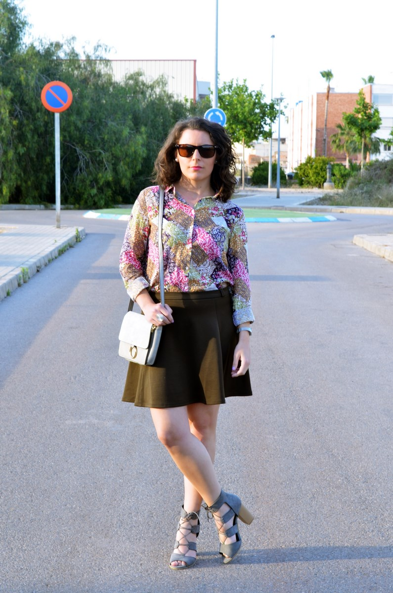 Verde caqui y gris_outfit_mivestidoazul (2)