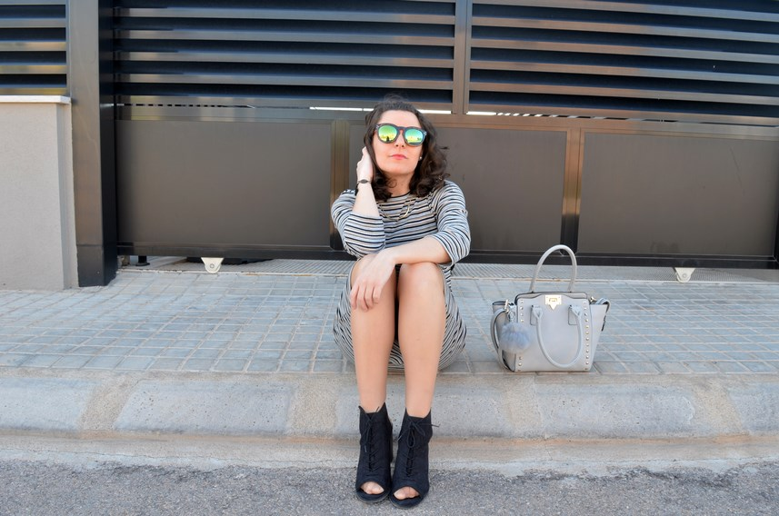 Vestido midi de rayas_outfits_mivestidoazul (13)