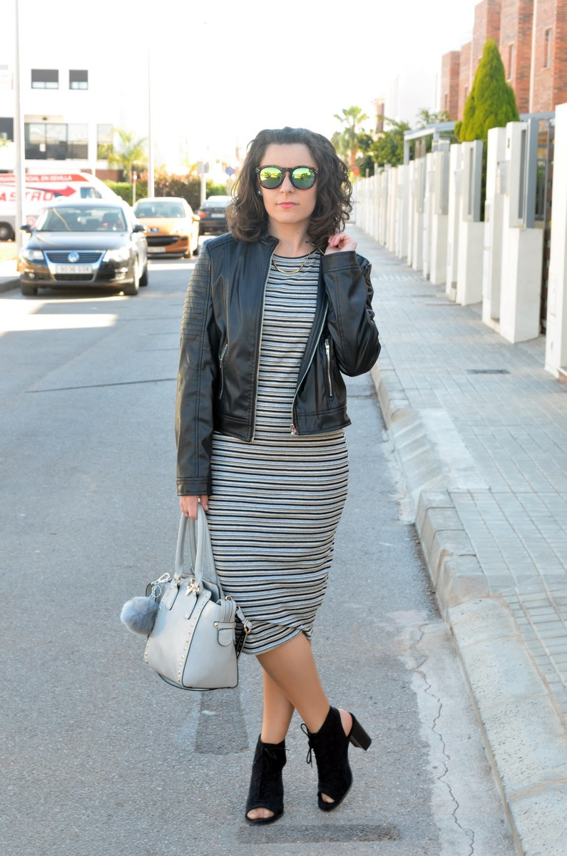 Vestido midi de rayas_outfits_mivestidoazul (3)