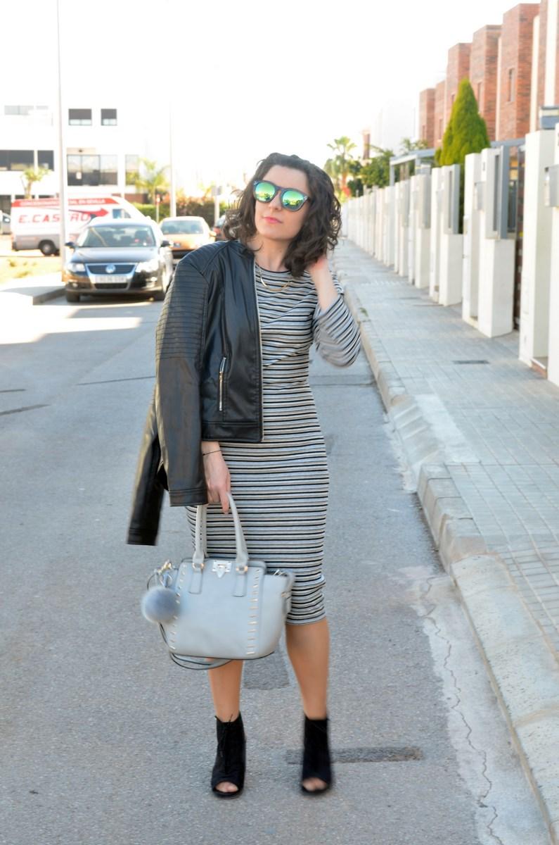 Vestido midi de rayas_outfits_mivestidoazul (8)
