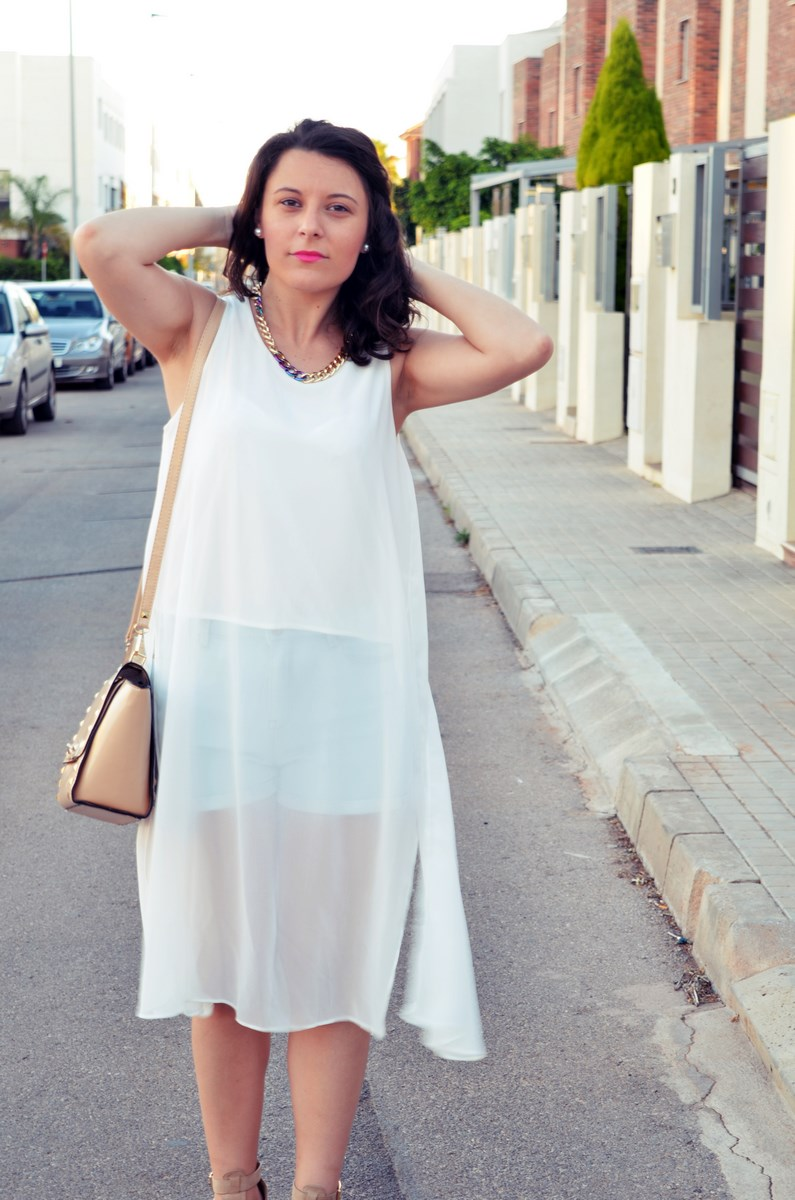 Blusa larga y shorts Outfit Mi vestidoazul Fashion blogger Friendsfluencers (1)