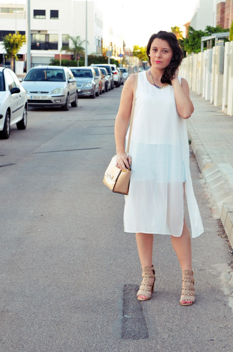 Blusa larga y shorts Outfit Mi vestidoazul Fashion blogger Friendsfluencers (3)