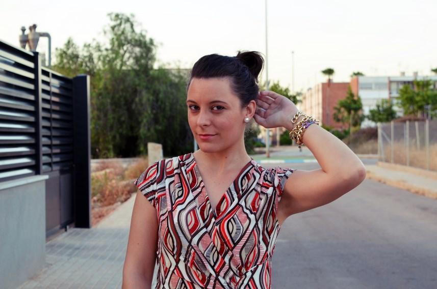 Look_Vestido estampado y complementos en gris_mivestidoazul (10)