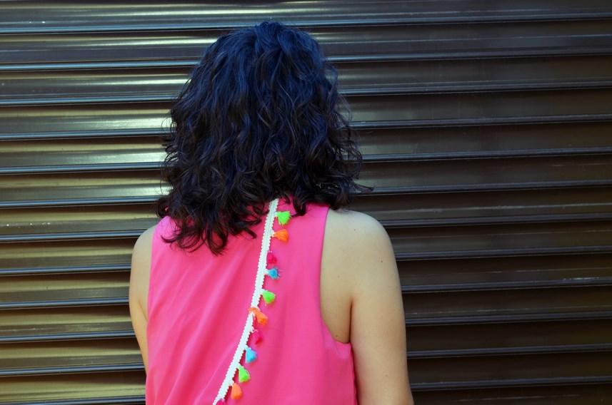 Vestido fucsia con borlas de colores_Outfit_Mivestidoazul (13)