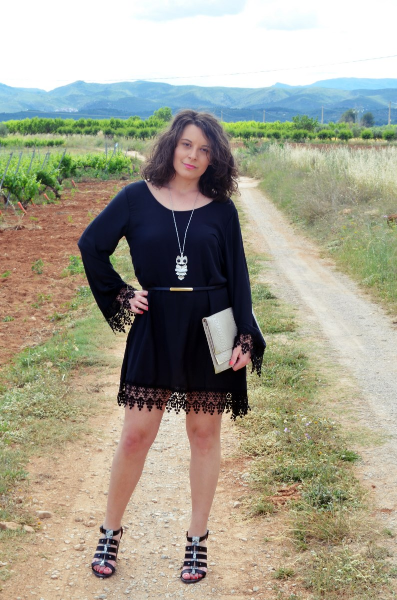 Vestido negro con crochet_outfit_look_mivestidoazul (1)