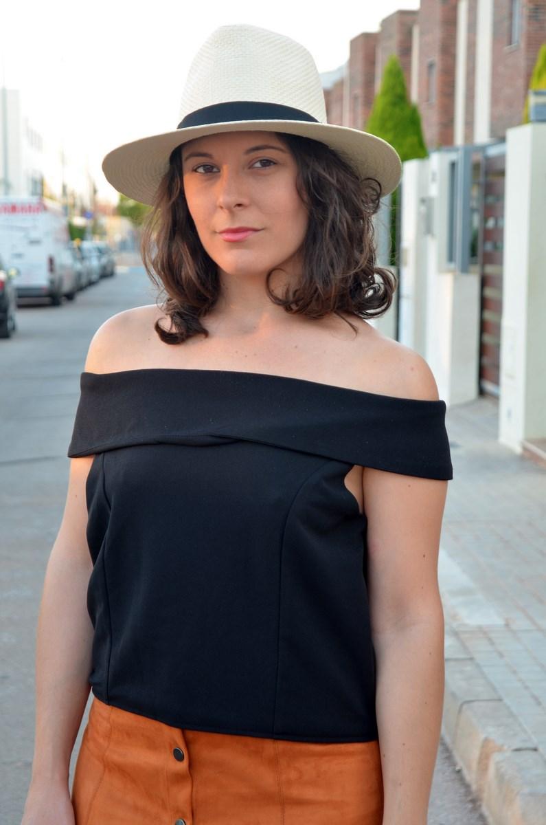 Falda abotonada y top escote bardot_look_mivestidoazul (11)