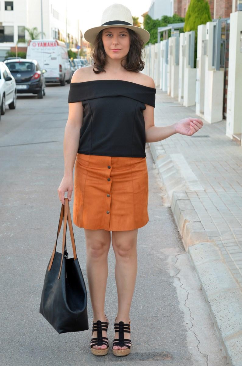 Falda abotonada y top escote bardot_look_mivestidoazul (7)