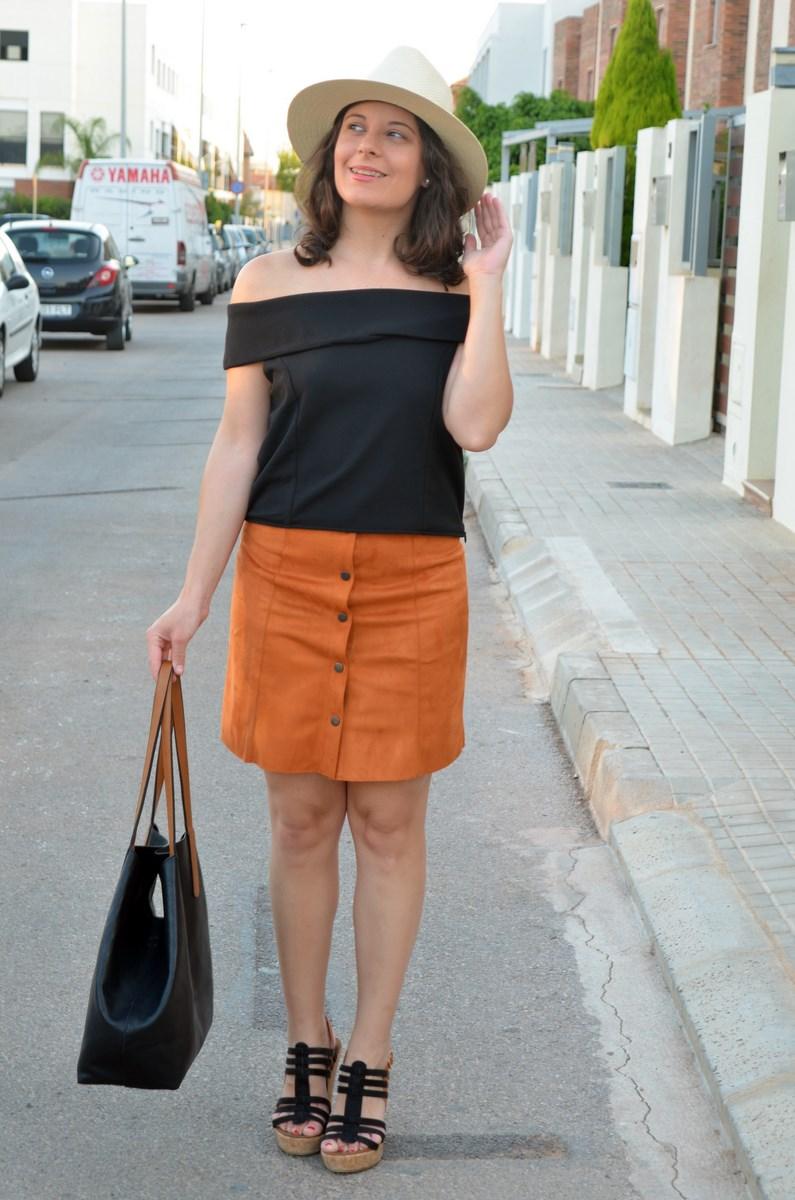 Falda abotonada y top escote bardot_look_mivestidoazul (8)