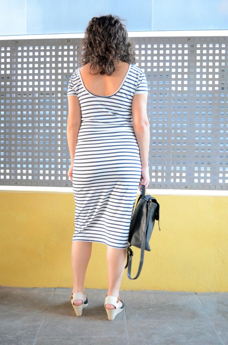 Otro maxi vestido de rayas_tendencias_,maxivestidos_streetstyle_fashionblogger_look_mivestidoazul (12)