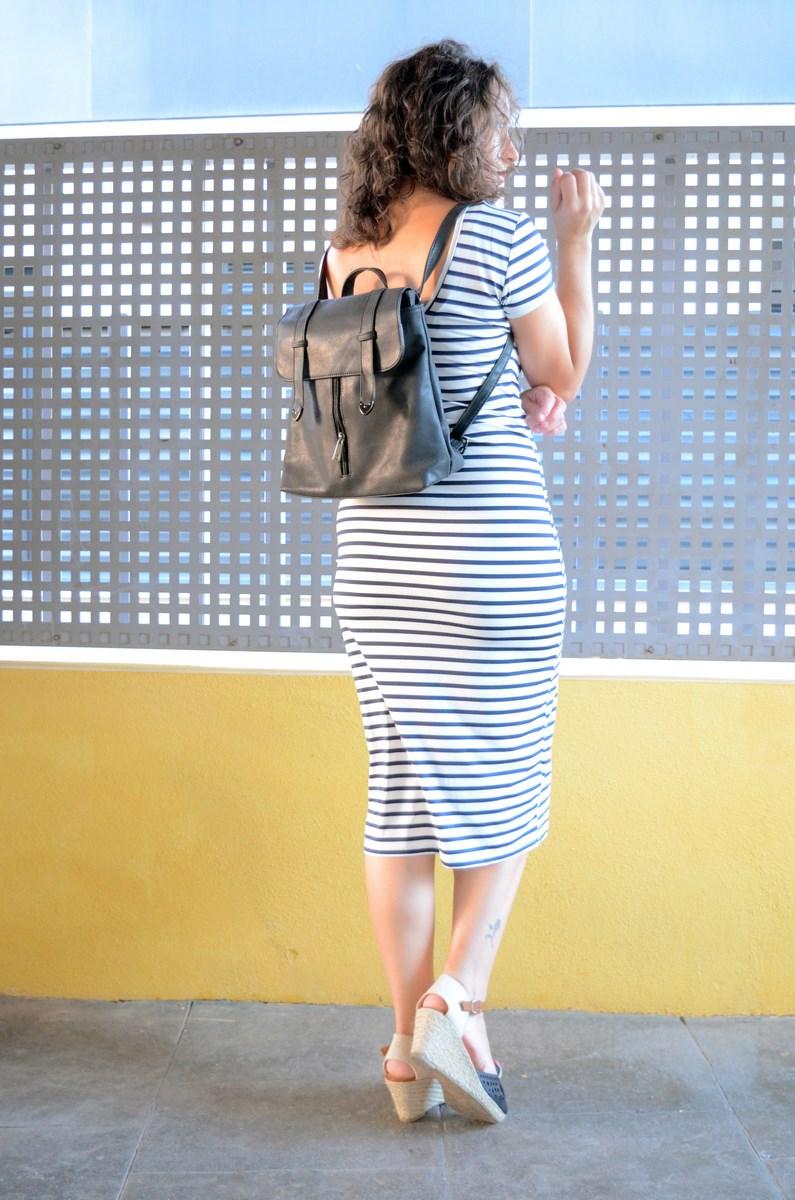 Otro maxi vestido de rayas_tendencias_,maxivestidos_streetstyle_fashionblogger_look_mivestidoazul (4)