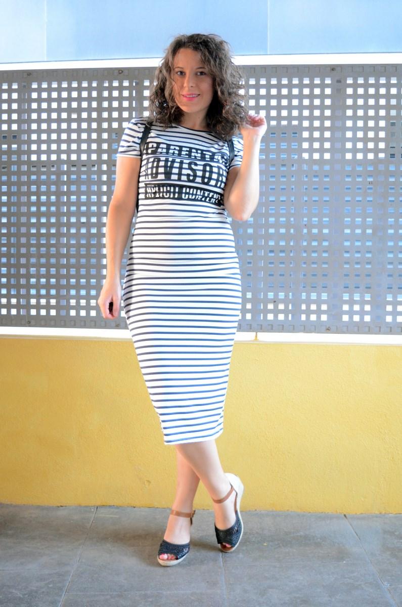 Otro maxi vestido de rayas_tendencias_,maxivestidos_streetstyle_fashionblogger_look_mivestidoazul (7)