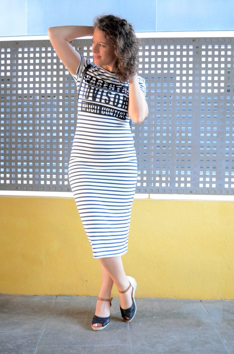Otro maxi vestido de rayas_tendencias_,maxivestidos_streetstyle_fashionblogger_look_mivestidoazul (8)
