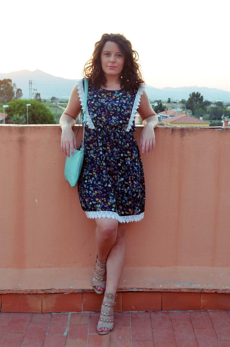 Mi vestido azul flor