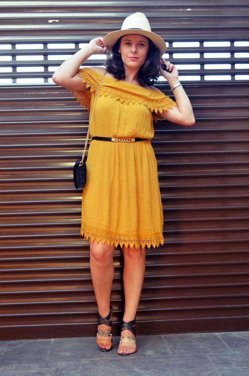 Vestido mostaza crochet look streetstyle fashion blogger mi vestido azul friendsfluencers (10)